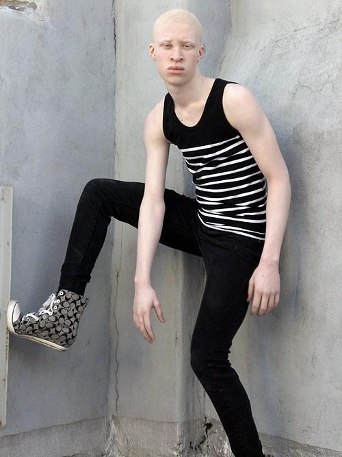 Focus On Model- shaun ross | Pierrot the Clown  Focus On Model-...